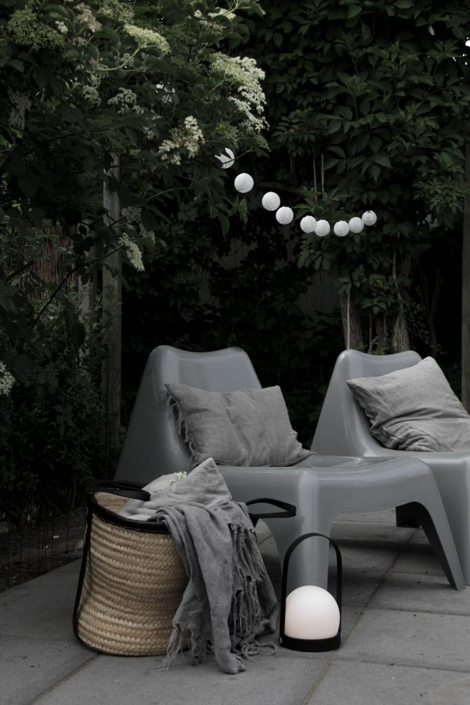 Summer lightning // outdoor lights from Menu and Ikea // heidihallingstad.com