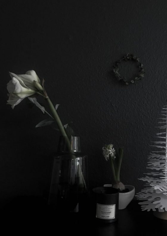 Christmas wreaths // heidihallingstad.com